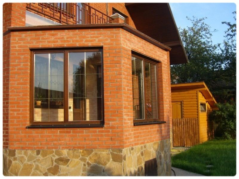 Дачные окна. Особенности установки окна в частный дом.