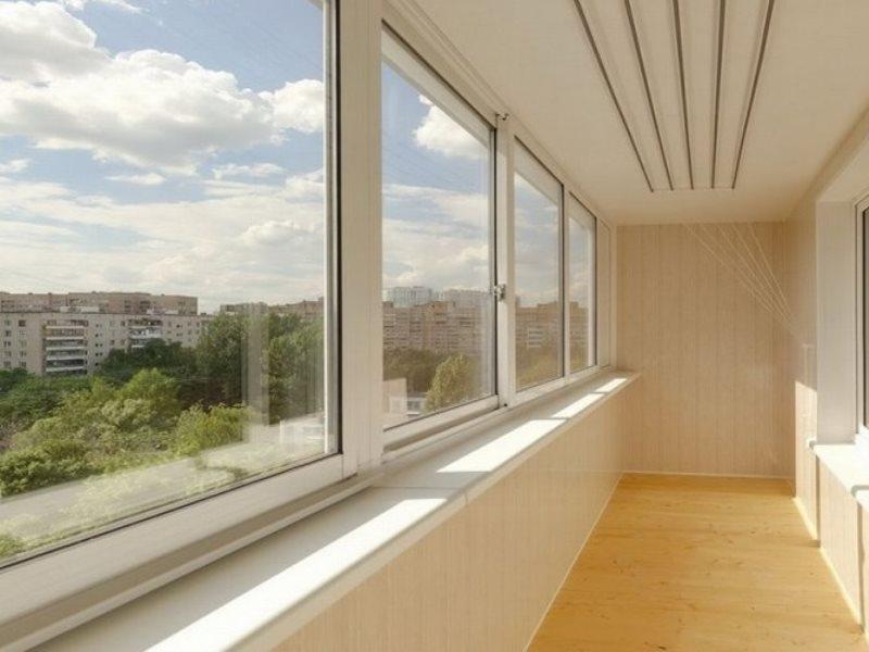 Остекление балконов в Томске - где заказать?