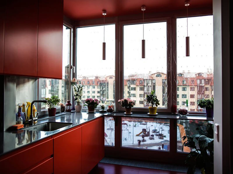 Пластиковое кухонное окно недорого в Томске