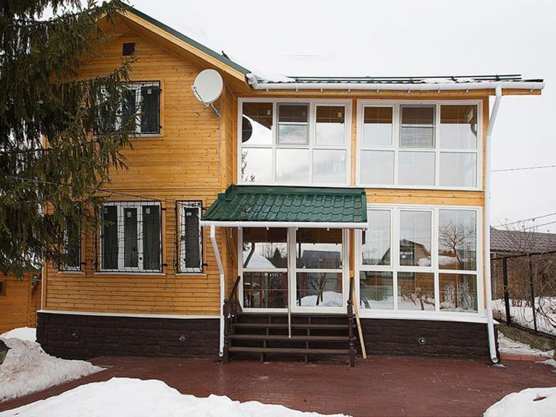 Установить пластиковые окна в дом